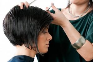 concave-bob-womens-haircut 2